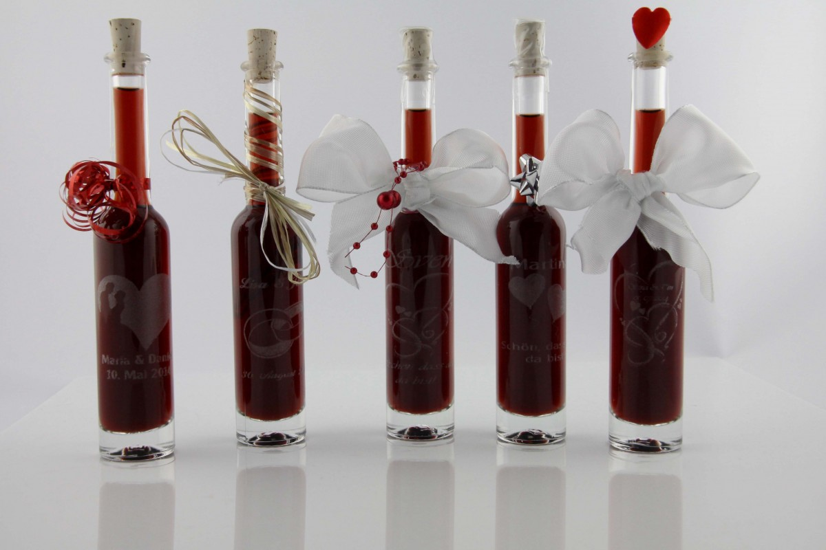 5 flaschen 100 ml lexies lik r mit ihrer wunschgravur. Black Bedroom Furniture Sets. Home Design Ideas